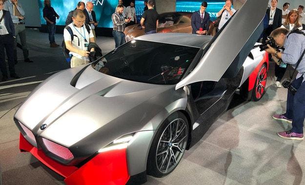 BMW Vision M Next. Радостта от шофирането
