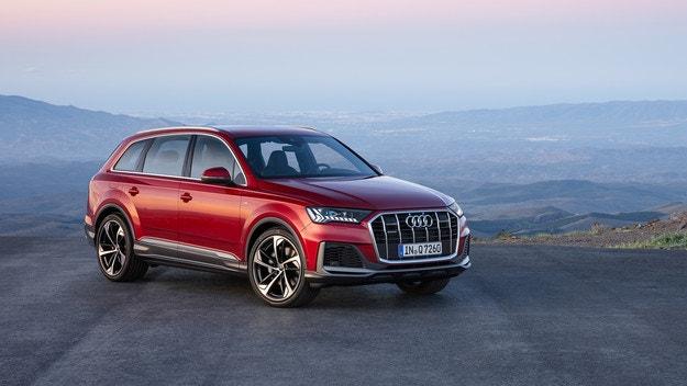 Audi представи обновения кросоувър Q7
