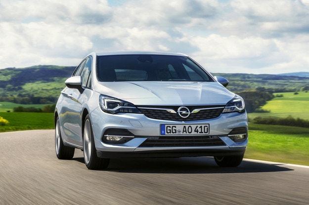 Opel представи обновената Astra