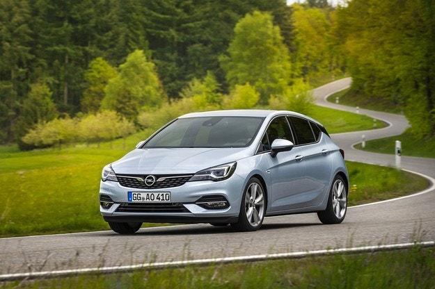 Opel Astra: До 19% по-ниски емисии на CO2