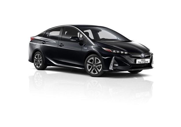Представяме новия Toyota Prius Plug-in Hybrid