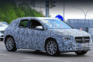 Mercedes-Benz GLA ще получи хибридна версия