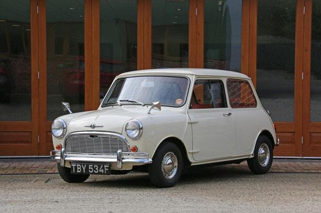 Обявяват за продан най-автентичния Mini