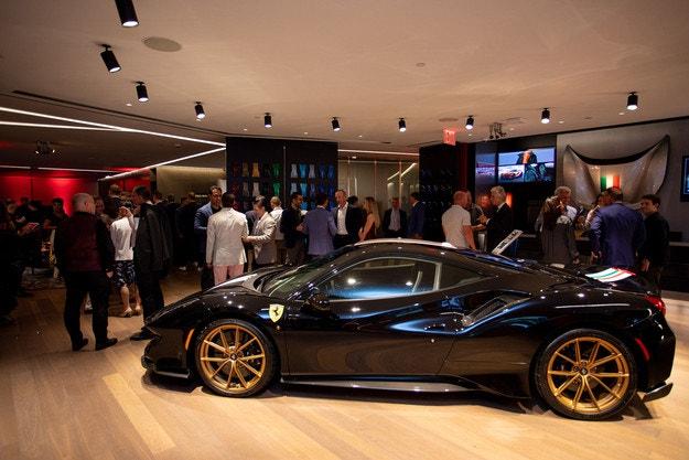 Ferrari откри Tailor Made Center в Ню Йорк