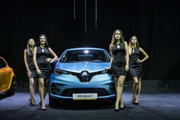 Renault показа новите Clio, ZOE, Captur и Megane R.S.