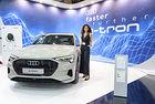 Ауди представя изцяло електрическия Audi e-tron