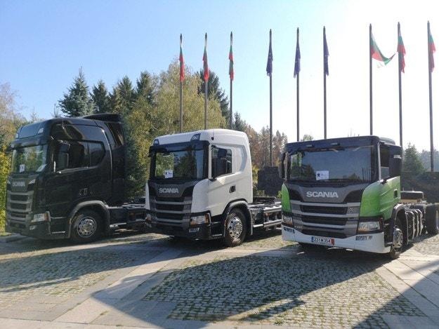В София показаха тежкотоварни автомобили на метан