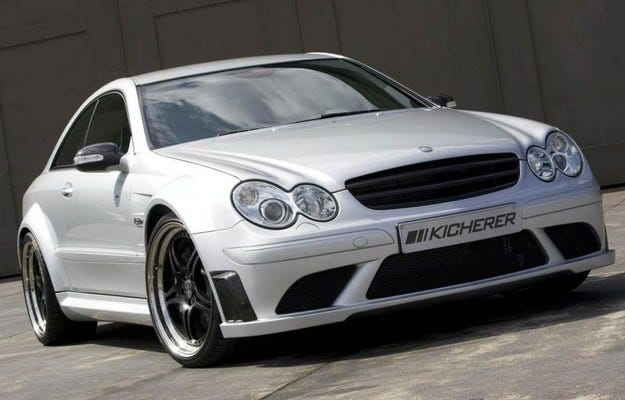 Kicherer Mercedes-Benz CLK63 AMG Black Edition
