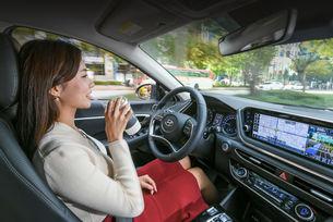 Hyundai разработи интелигентен круиз контрол