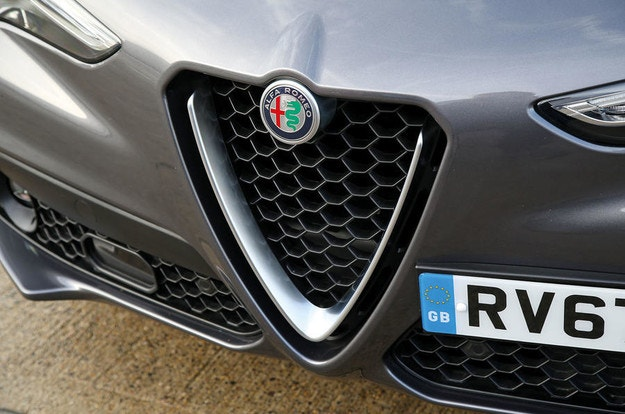 Alfa Romeo бракува плановете за нови модели GTV и 8C