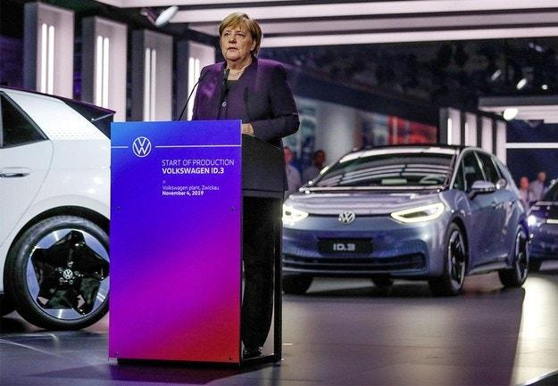 Volkswagen стартира серийното производство на ID.3