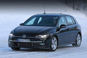 Volkswagen Golf GTI остана почти без камуфлаж