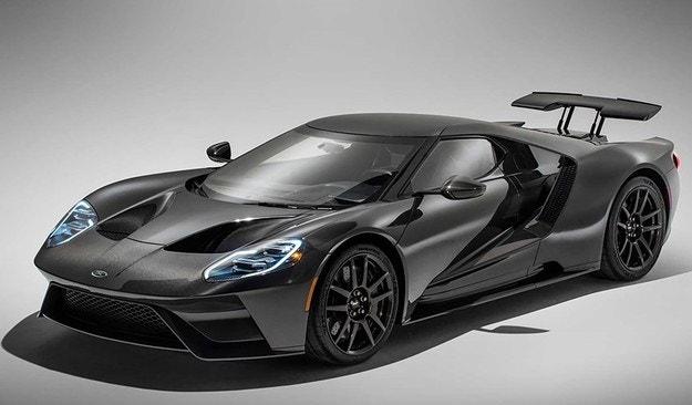 Ford представя обновения суперавтомобил GT