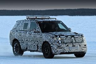 Издебнаха новия Range Rover Sport на лед
