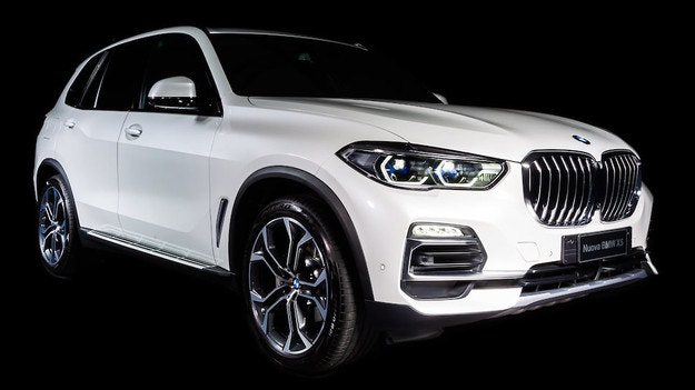 BMW представи ексклузивен X5