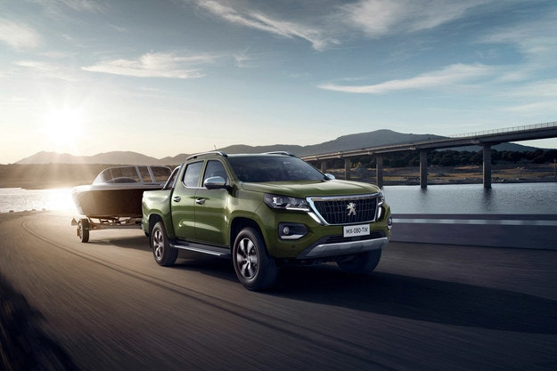 Peugeot представи нов пикап без задна броня