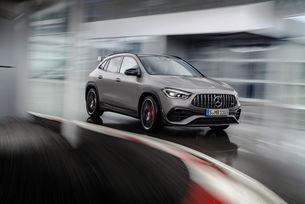 Mercedes-AMG GLA 45 S се гордее с двигателя си