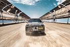 Тестват BMW iNEXT в пустинята Калахари