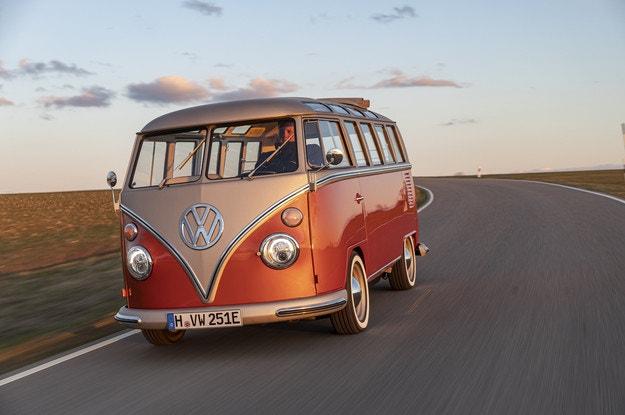 VW e-Bulli в едно класика и модерни технологии