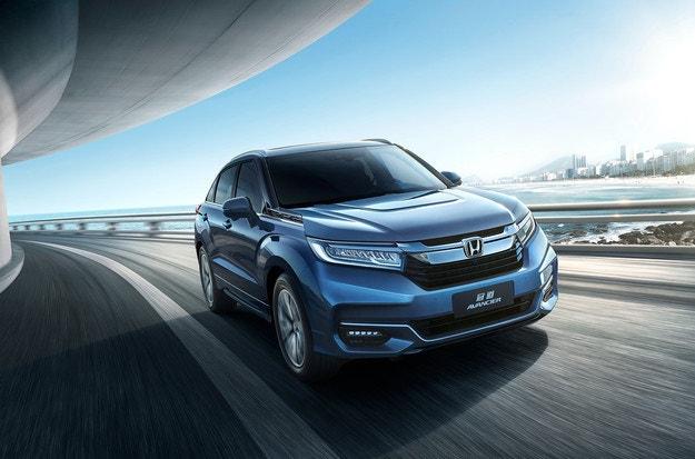 Обновеният Honda Avancier тръгва към пазара