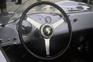 Развитието на състезателните волани на Porsche