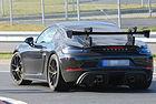 Porsche 718 Cayman GT4 RS обещава върхови постижения