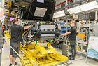 Magna възобновява производството на G-класата