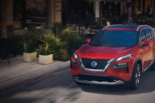 Новият Nissan X-Trail впечатлява със салона