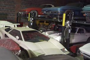 Забравена колекция от 300 автомобила