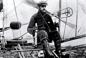 Чарлз Ролс прелетя над Ламанша на 2 юни 1910 г.