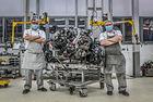 Bentley отдава почит на 6,75-литровия V8 двигател