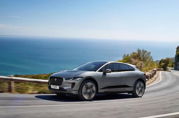 След обновяването Jaguar I-Pace е още по-технологичен