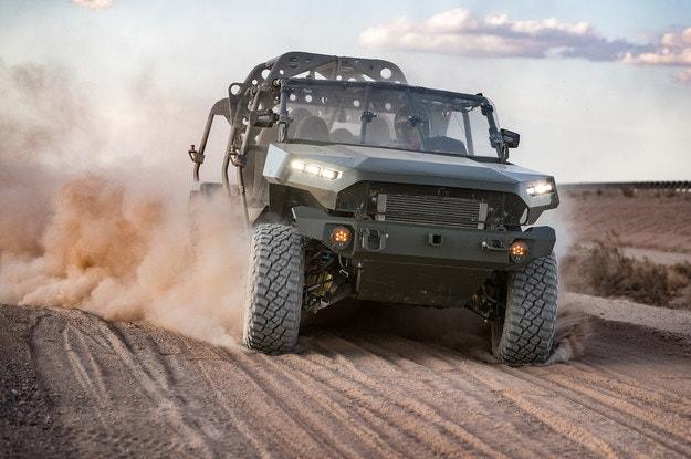 Пикапът Chevrolet Colorado ZR2 на служба в армията