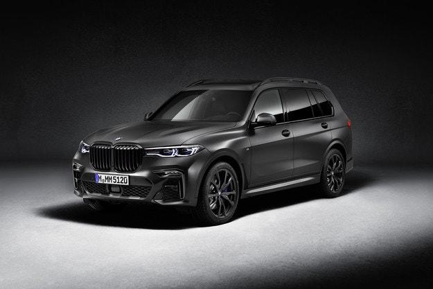 BMW X7 Edition Dark Shadow с ексклузивно излъчване