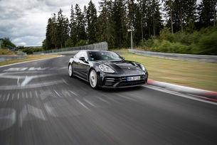 Обновеният Porsche Panamera постави рекорд