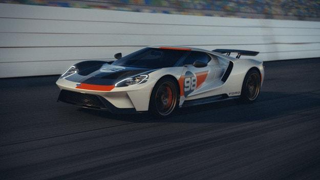 Ford GT Heritage Edition в чест на първа победа