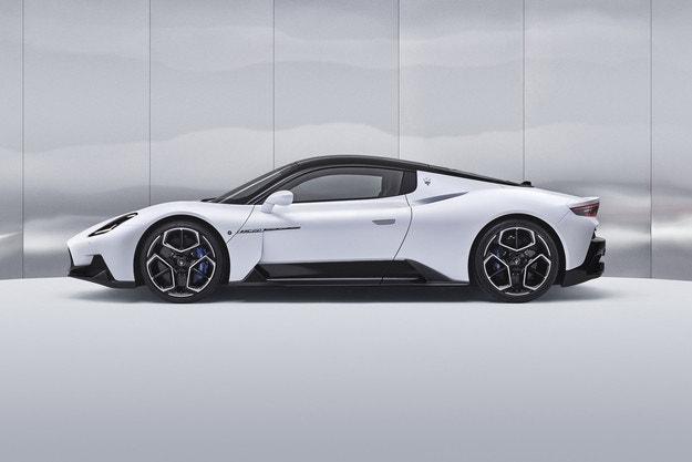 Maserati MC20: Новият супер спортен автомобил