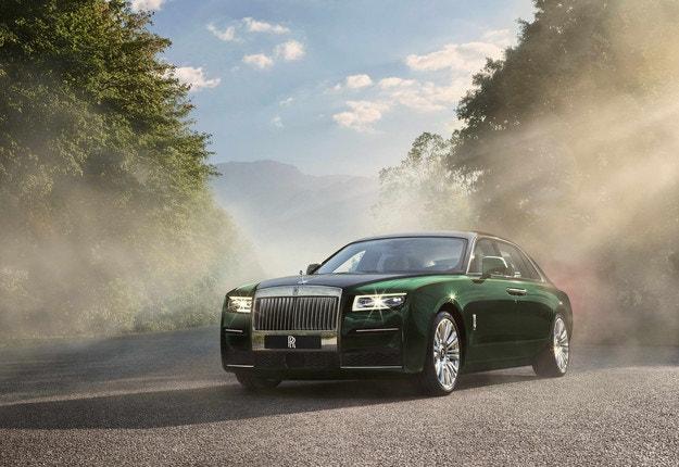 Rolls-Royce Ghost Extended се доближава до Phantom