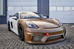 Porsche проектира каросерия от композитен материал