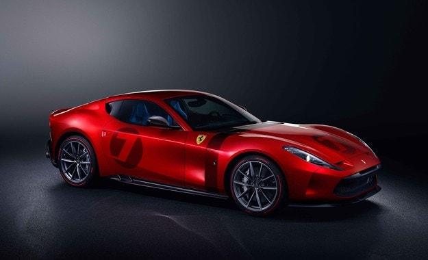 Ferrari Omologato напомня за славното минало