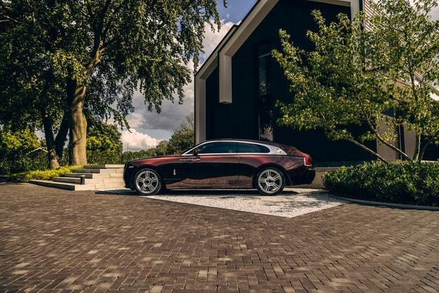 Rolls-Royce Silver Spectre Shooting Brake в детайли