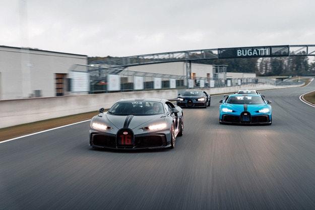 Bugatti Chiron Pur Sport е готов да тръгне на път