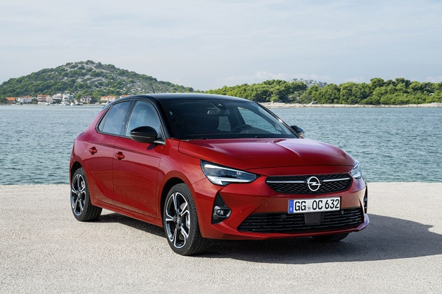 Opel Corsa Ultimate се гордее с богато оборудване