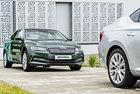 Skoda: Един шофьор управлява два автомобила