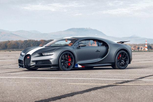Bugatti показа специална версия с 1500 к.с.
