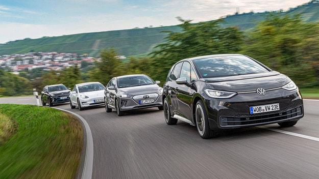VW ID.3 срещу Hyundai Ioniq Electric, Kia E-Niro, Tesla 3