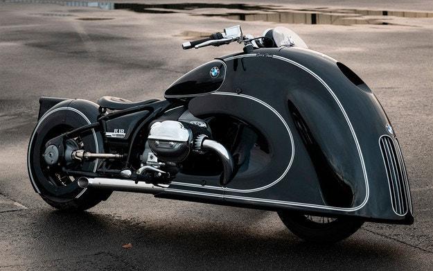 "Мотоциклетът BMW R 18 с огромни ""ноздри"""