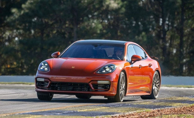 Porsche Panamera Turbo S с рекорд на Road Atlanta