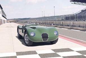 Jaguar пуска осем автомобила Type C от 1953 г.