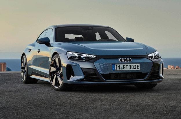 Audi представя електрическия e-tron GT